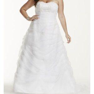 DAVID'S BRIDAL Organza Draped Wedding Dress 9L9479